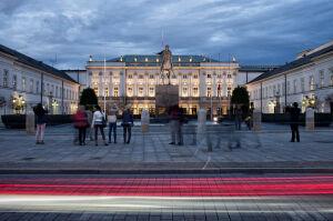 Sasin: jest prawie milion złotych na budowę pomników smoleńskich