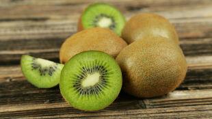 Owoc, który warto dodać do diety. Koi nerwy i poprawia samopoczucie